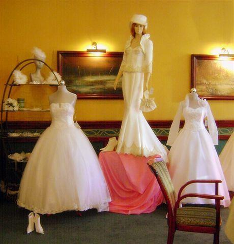 62fda6ee0f Gala Ślubna w Mieszku - Srebrny Anioł - Salon Sukien Ślubnych
