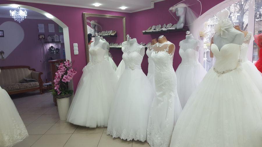 bfec82a215 Salon - Srebrny Anioł - Salon Sukien Ślubnych